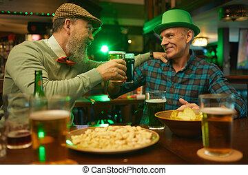 酒吧, 朋友, 啤酒, 喝酒, 成熟