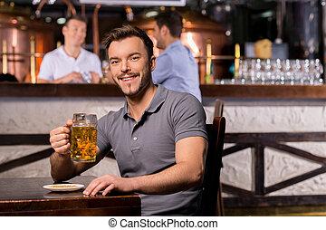 酒吧, 杯子, 坐, pub., 年輕, 快樂, 啤酒, 當時, 藏品, 微笑人