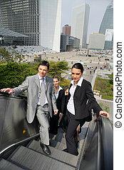 電動扶梯, 商業界人士