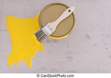 頂部, 黃色的染料, 錫, 刷子, 罐頭
