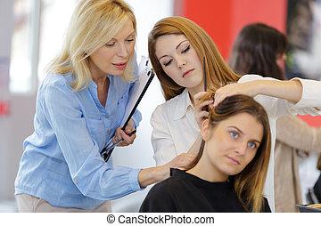 頭, 女性, 相當, 學徒, 訓練, 美容師