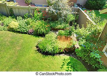 風景。, 院子, 柵欄, 背, 灌木, 角落, 花