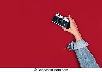 concept., 照像機, 女性, 選擇性, 攝影, 相片, 攝影, 藏品, 紅色, text., 背景, 集中, 在網上, 學校, 空間, 時髦, 模仿, 手, 葡萄酒, retro, 老