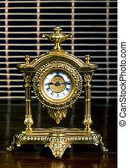 frence, 金, clock.